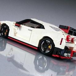 Lego-Nissan-GT-R-Nismo-1