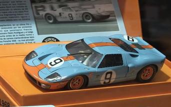 1968-ford-gt4-le-mans-2