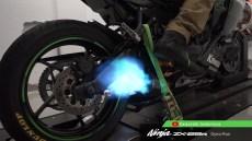 flames-kawasaki-ninja-zx25r- exhaust
