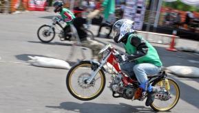 Lightened bikes for drag racing