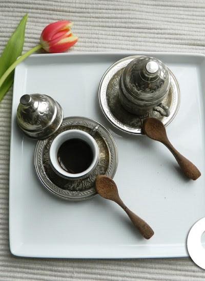 CUCCHIAINI DI CIOCCOLATO PER UN CAFFE' GOLOSO