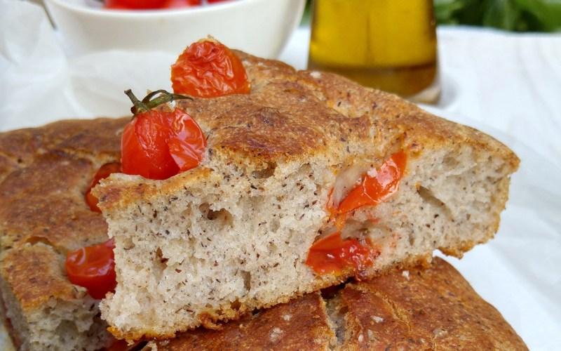 Focaccia rustica senza glutine al grano saraceno