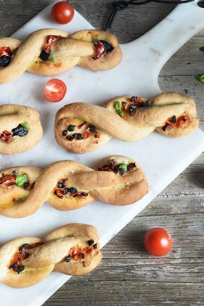 Trecce di pane senza glutine aromatizzate