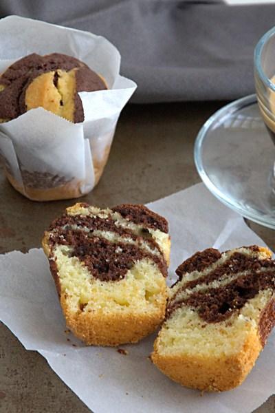 Muffin senza glutine variegati al cacao