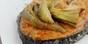 Salmone e carciofi in agrodolce