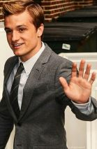 President Peeta Mellark waves to enthusiastic supporters in District 6 while on his presidential transition tour. Previously a senator, the President succeeded newly-inaugurated President Dale Wilson (Liberty-D4) in January.