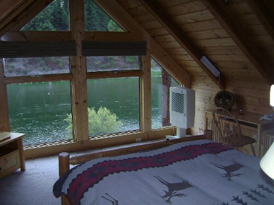 clark-fork-river-cabin