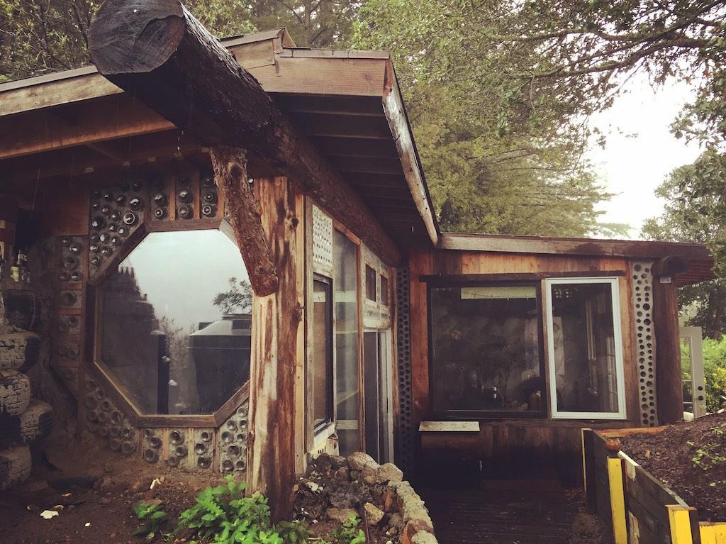 earthship-cabin-santa-cruz