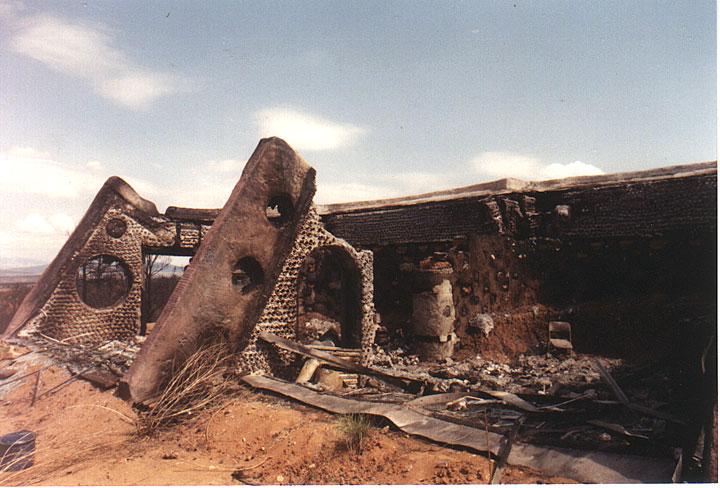 earthship-fire-hondo