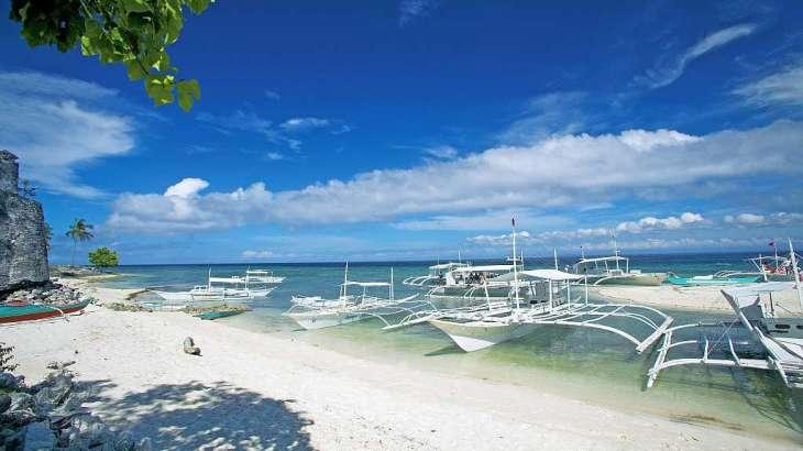 Pamilacan island paradise hotel 001