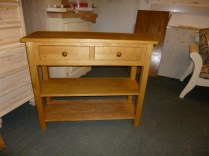 Oak hall table. 2 drawers with 2 shelves. to size.