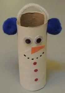 zimowe prace plastyczne - bałwan z rolki