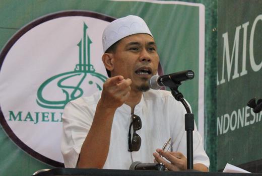 Munarman: Polri Harus Konsisten Soal SE Hate Speech, Tangkap Demonstran yang Menolak Masjid di Manokwari!