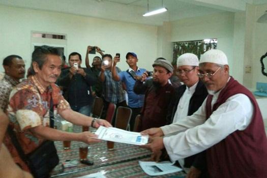 Aksi Solidaritas Umat Islam Solo Untuk Muslim Rohingya 3 - Tokoh Islam