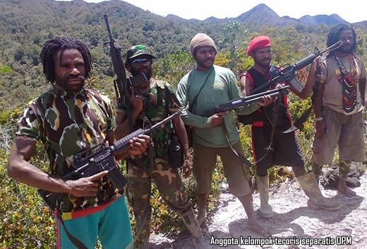 Anggota kelompok teroris separatis OPM