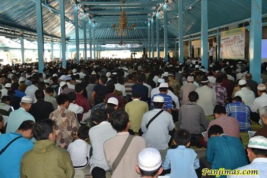 Tabligh Akbar Bersihkan Masjidmu dari Paham Sesat Komunis & Syi'ah di Solo 2