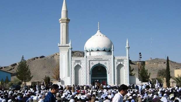 Jeritan Muslim Suni di Negeri Syiah