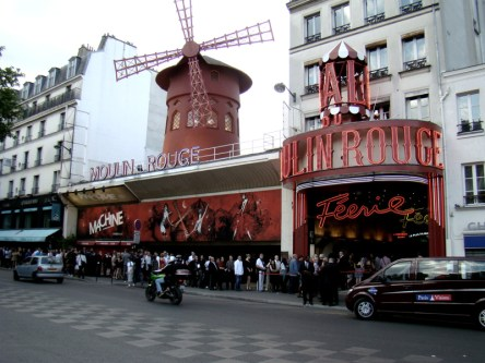 Boulevard de Clichy- Kabaret Moulin Rouge