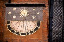 Zegar słoneczny na Bazylice Mariackiej
