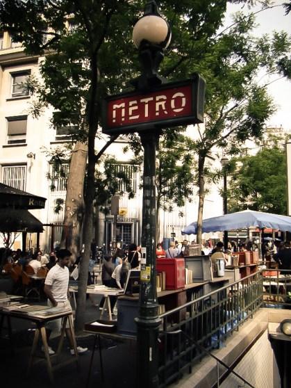 Pchli targ przy stacji Strasbourg Saint Denis