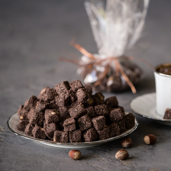 Double Roasted Small Cut Turkish Delight with Hazelnut and Cacao (200 gr.)