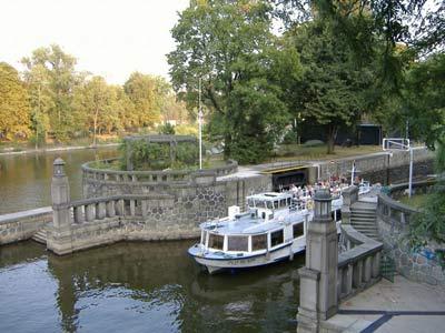 Boat_lock2