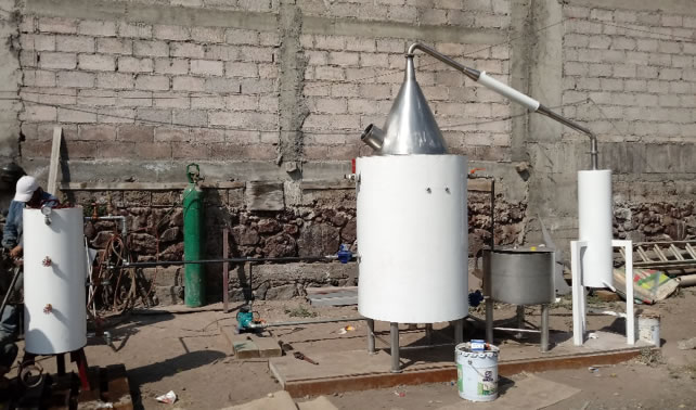 Destilador comunitario