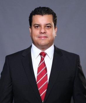 Ha realizado su carrera política en Monterrey y pediría apoyo de ciudadanos de Cadereyta