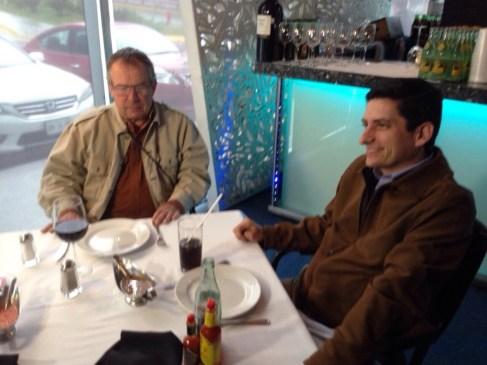 Se reúnen los candidatos panistas en un restaurante de San Pedro