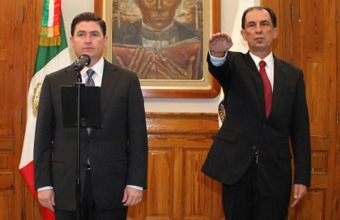 Javier Flores Saldívar rinde su proptesta como Procurador General de Justicia en NL.