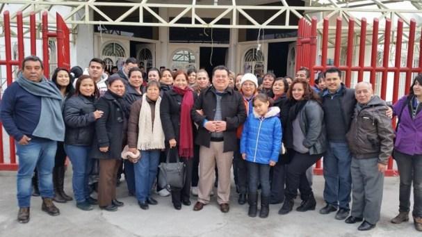 Acompañado de su familia y militantes inicia sus 90 días de proselitismo