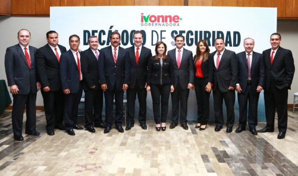 Se reunió con los candidatos a las acaldías del área metropolitana de Monterrey