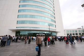 Se evacuó a los funcionarios y posteriormente se clausuraron las actividades