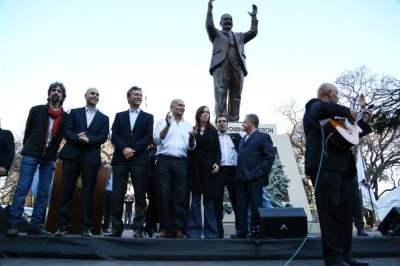 Primer monumento a Perón en la Ciudad