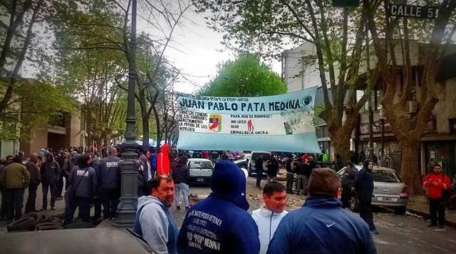"""#UOCRA El 'Pata' Medina amenazó: """"Si me detienen, prendemos fuego la Provincia"""""""