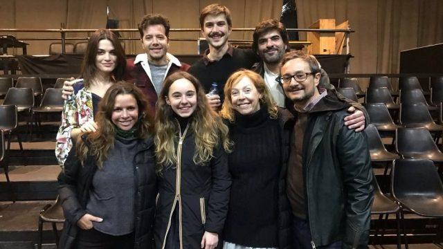 """Sebastián y Julieta Ortega disfrutaron de """"Jazmín de invierno"""" la obra de Carla Moure"""