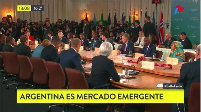 """""""Buenas noticias! La Argentina vuelve a ser mercado emergente"""", señaló Macri en su cuenta de #Facebook"""