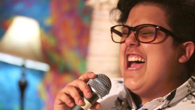 La cantautora uruguaya Luciana Mocchi se presenta en Capital Federal