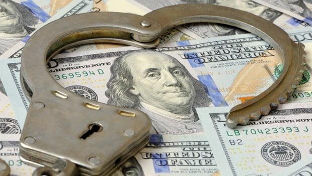 Cepo: el Banco Central bajó a USD 200 la cantidad de que pueden comprar los ahorristas