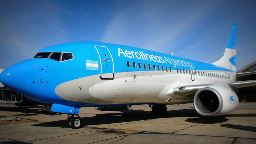 Aerolíneas Argentinas anunció dos vuelos especiales hacia Santiago de Chile y Asunción