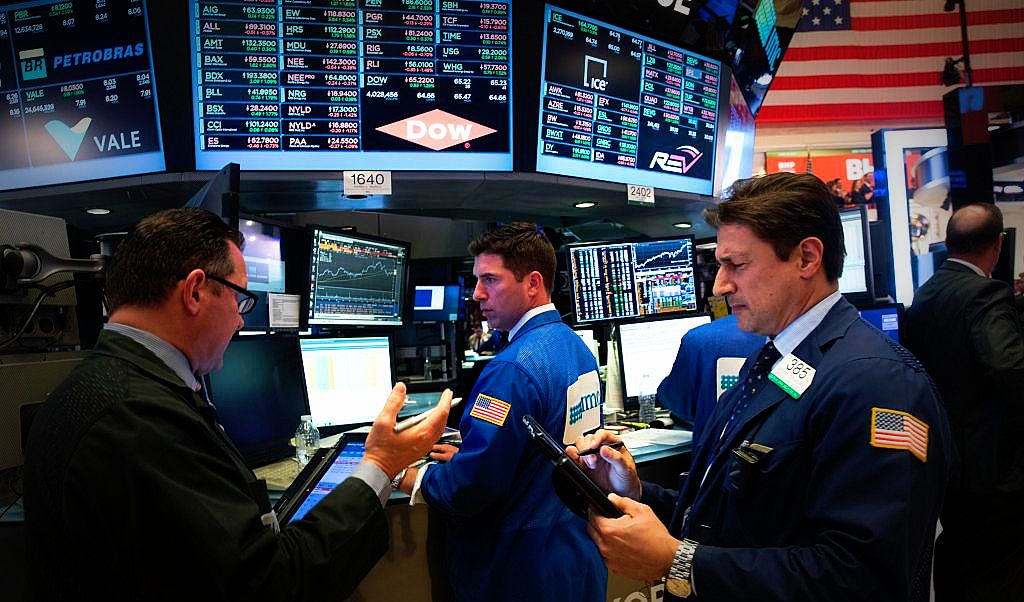 Wall Street cierra con pérdida del 4,5 % en el Dow su peor semana desde 2008