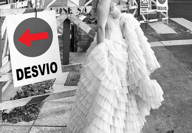 Verónica De La Canal presenta su nueva colección en el Palacio Alsina #ARFW