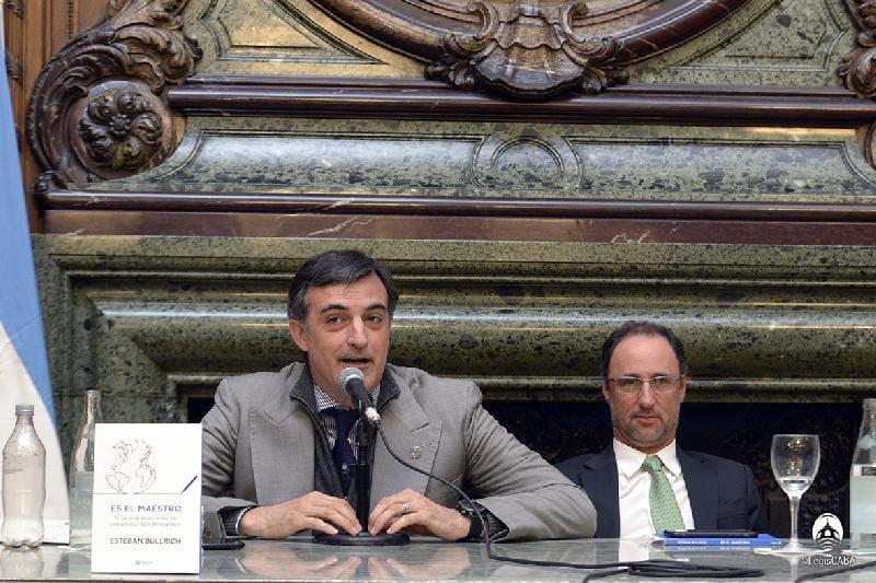El libro de Esteban Bullrich fue declarado de interés por la Legislatura porteña