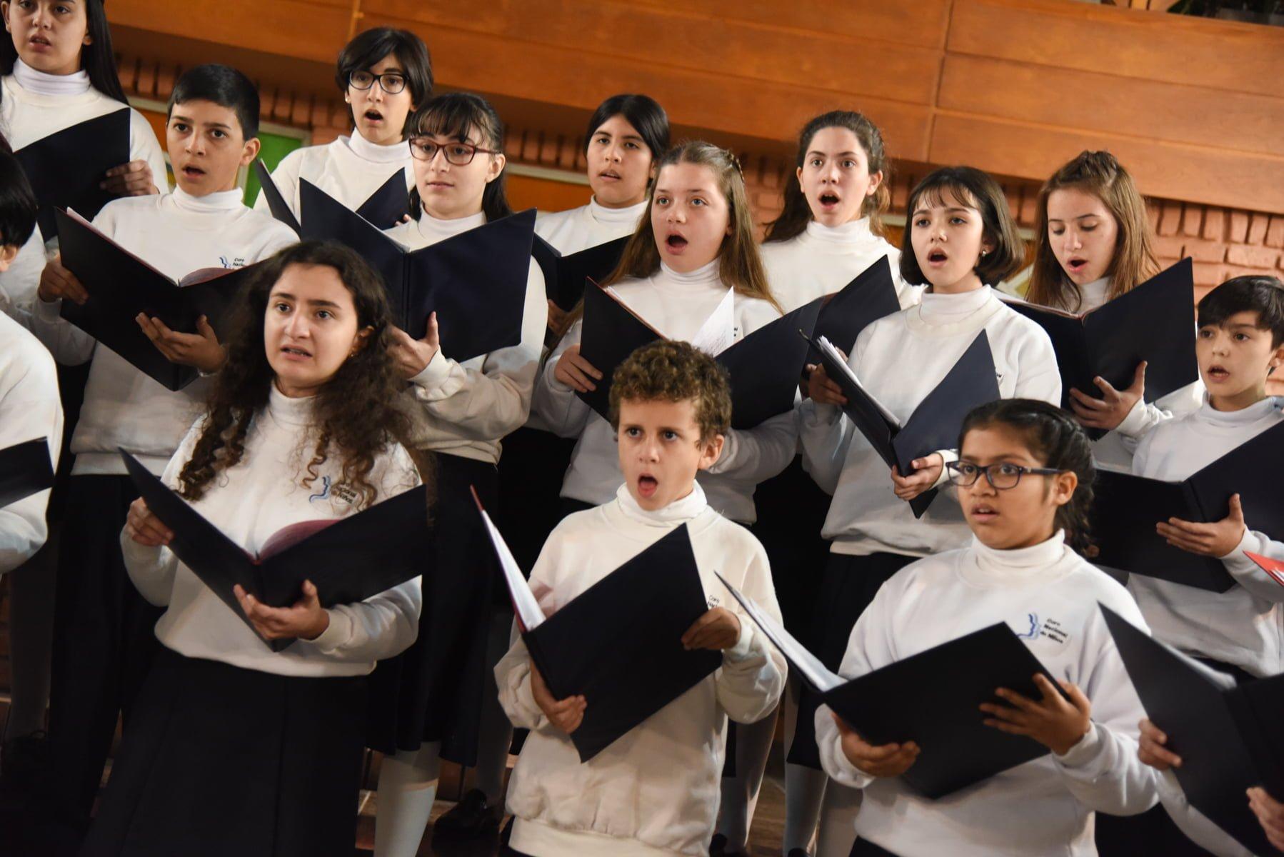 Coro Nacional de Niños.- Mes de Diciembre : Conciertos libres y gratuitos para disfrutar «en la víspera de la Navidad»