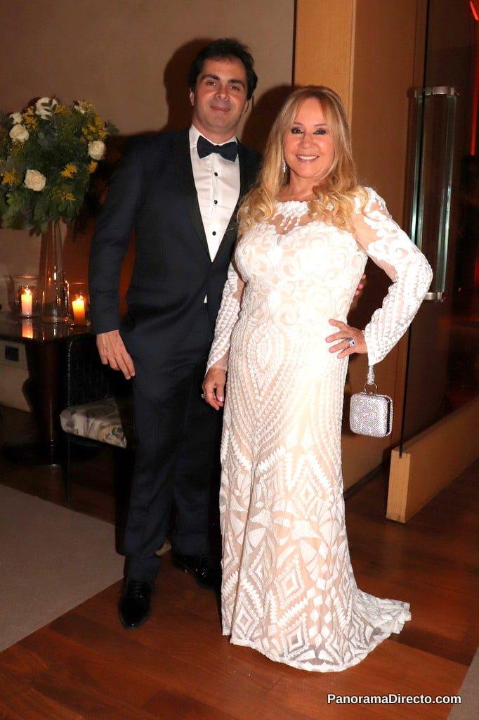 Edith Miroznik y Adrián Beker de Rubi Rubi en la gala del Hospital Austral