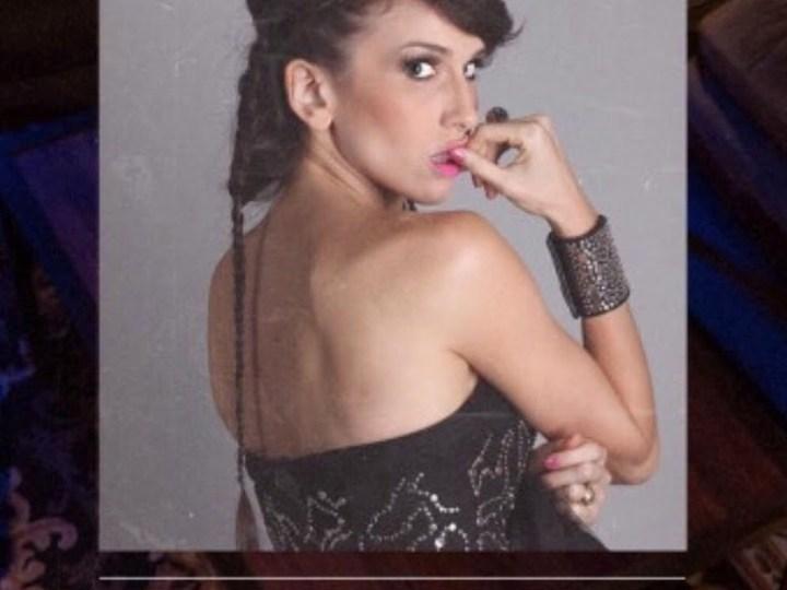"""Coral Campopiano """"la embajadora del pop rock en Spanglish"""" se presenta en Santos Vega"""