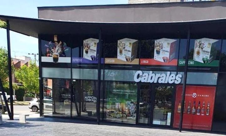 """Cabrales inaugura un nuevo """"Almacén de Sabores"""" en Mar del Plata"""