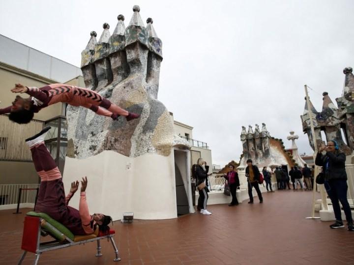 Messi10 invade la Casa Batlló de Barcelona