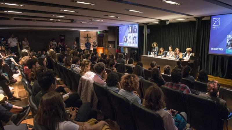 Abriendo ventanas: las pioneras  que impulsaron la presencia femenina en roles de decisión dentro de la industria audiovisual