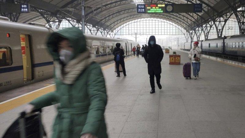 Sale el primer tren de Wuhan tras 76 días de cuarentena